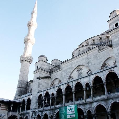 Sultan Ahmet Cami or Blue Mosque   Istanbul, Turkey