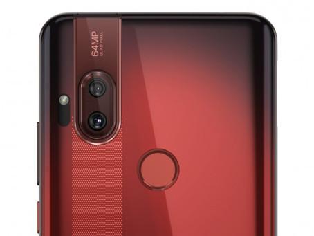 Ανακοινώθηκε το Motorola One Hyper με κάμερα 64Mp και pop-up selfie cam