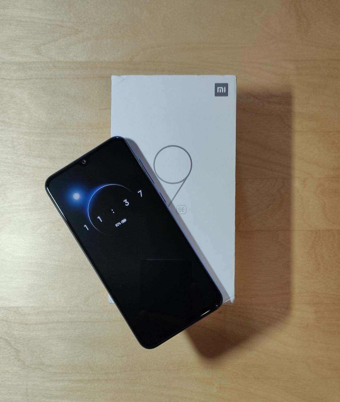 Xiaomi Mi 9 SE _01