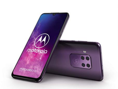 Ανακοινώθηκε το Motorola One Zoom με quad cam και οθόνη 6.4'' OLED