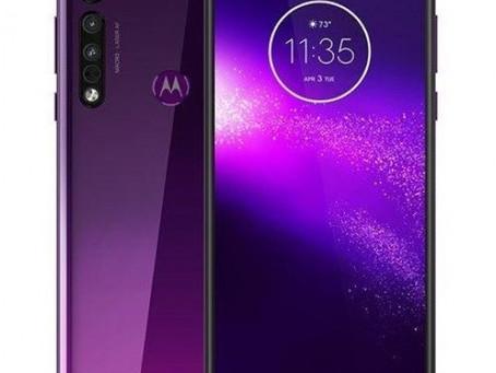Πρώτη εικόνα για το επερχόμενο Motorola One Macro με triple camera