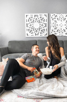 Let me know your movie recommendations and comment with your favorite movie snack! Plan your own movie night at home with your fam and tag me in your pics!
