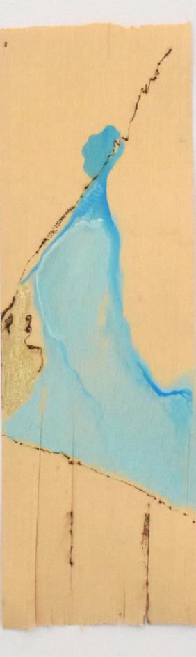 Mentira III, Pirografia e pintura sobre folha de madeira