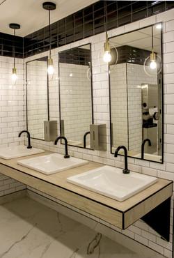 WC vanité cours Mont-Royal