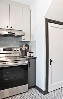 kitchen stove space