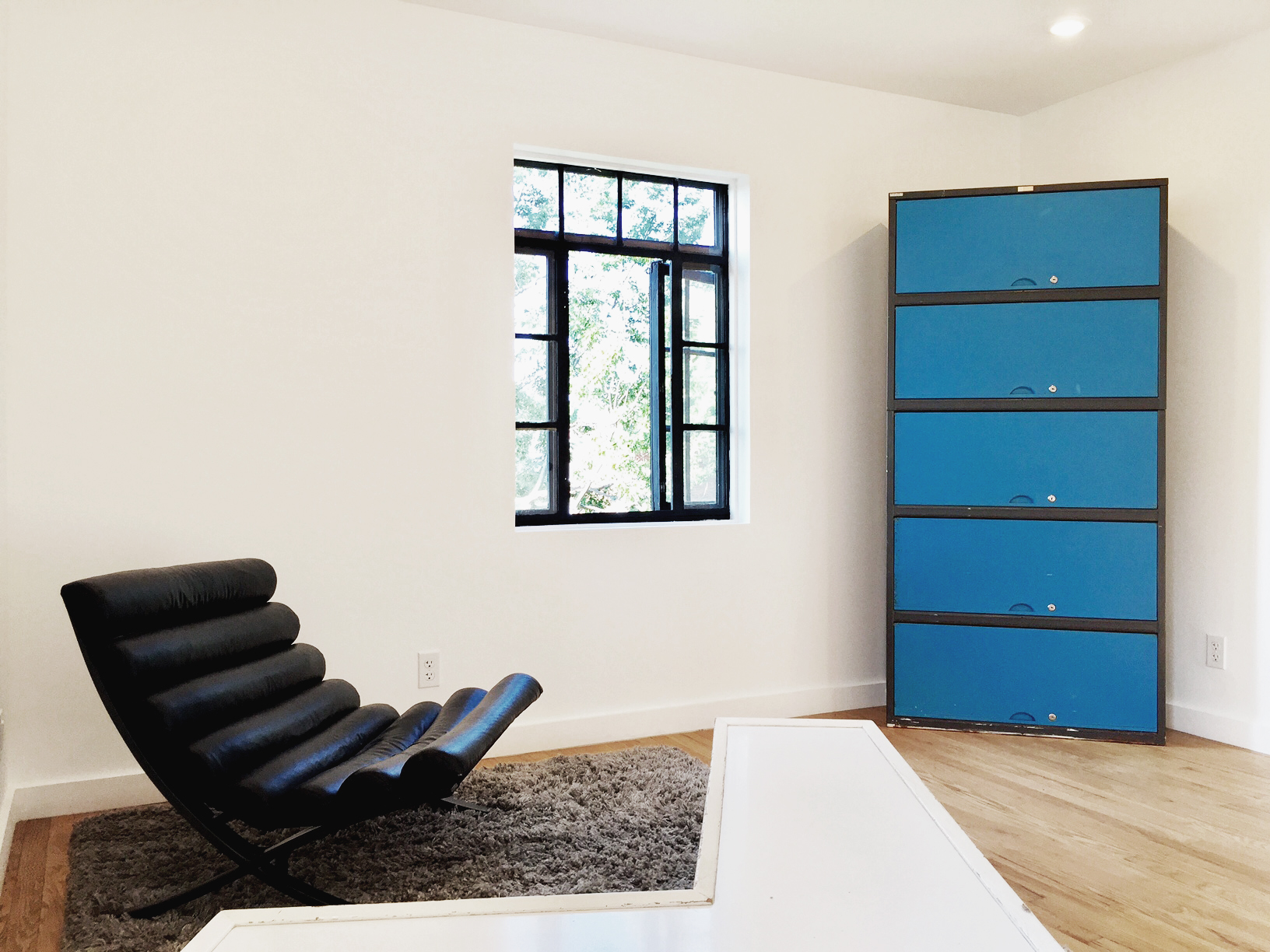 residence vintage furniture