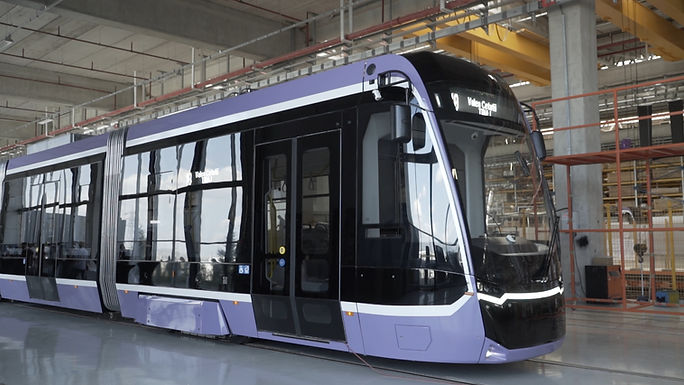 After half a century: Timișoara tests its new, high technology tram, produced by the Turkish - German consortium Bozankaya-Sileo. It respects the EU standards, has zero CO2 emissions, and it breaks a world record