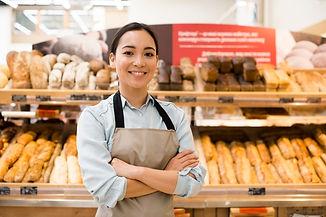vendedor-de-padaria-feminino-asiatico-al
