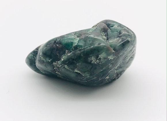 """Tumbled Emerald / Large 1.5"""", 30g"""