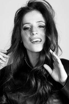 Sara Ballesteros by Mara Cozar. Interview at YOUng (Italy)