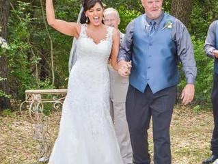 Now, THAT is a happy bride!  Wooohoo!