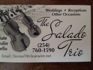 Live music just MAKES a wedding, don't you think?