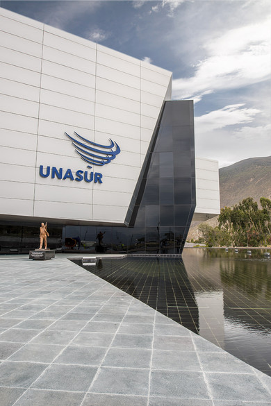 UNASUR • Quito