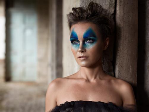 Model: Agnieszka Berczynska Mua: Stephanie Yanchapaxi Retouch: Mariuxi Villacres Film: Amon Film Assistance: Fausto Machado