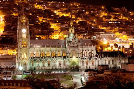 La Basílica • Quito