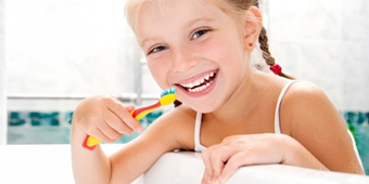 How to Brush Your Children's Teeth