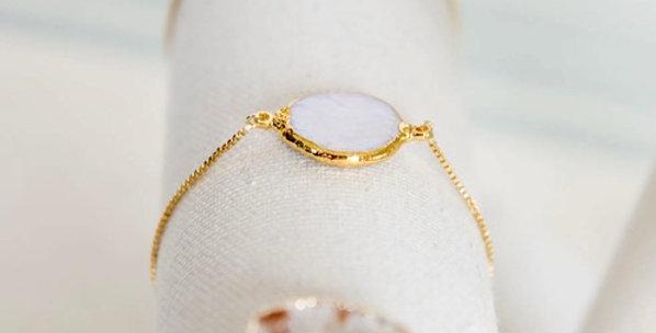 Grit & Grace Pearl Bracelet