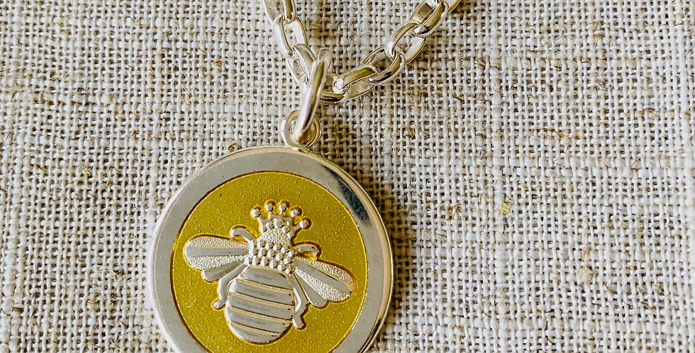 LOLA Bee Pendant - Medium (Chain Sold Separately)