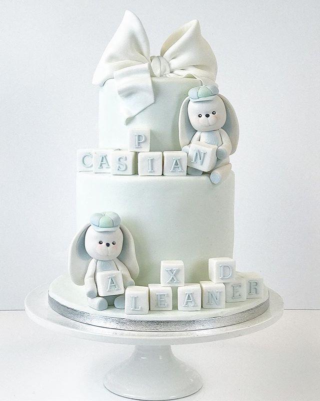 Boy bunny cake 🐰 #bunny #cake #boy #cute #cakeart #kakku #frangipanibakery #fondant #fondantcake #s