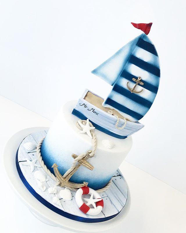 Sail boat for Mr Max #frangipanibakery #kakku #cake #cakedecorating #sugar #purjevene #sailboat #mar