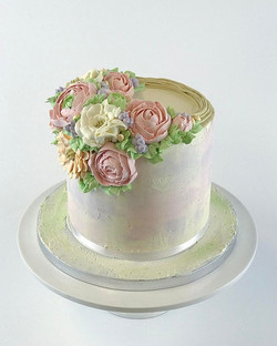 Buttercream flower cake 🌺 🌹- Pursotettu kreemikukkakakku #kakku #cake #buttercream #flower #rose #