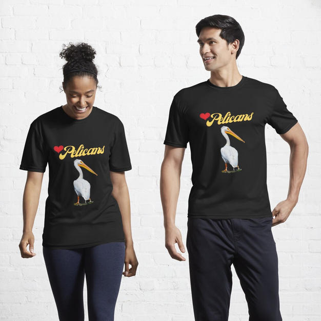 love pelicans t-shirt black by Concetta