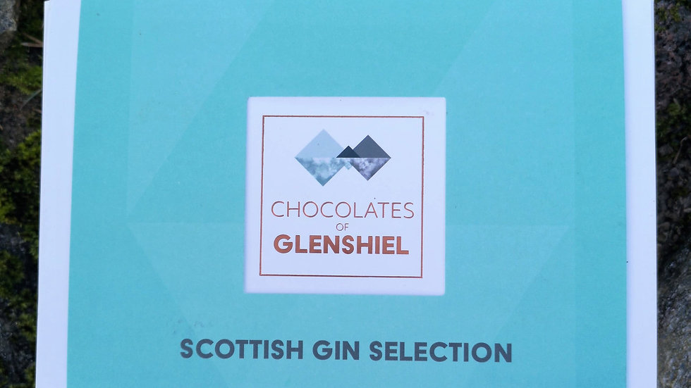 The BIG SCOTTISH GIN Box
