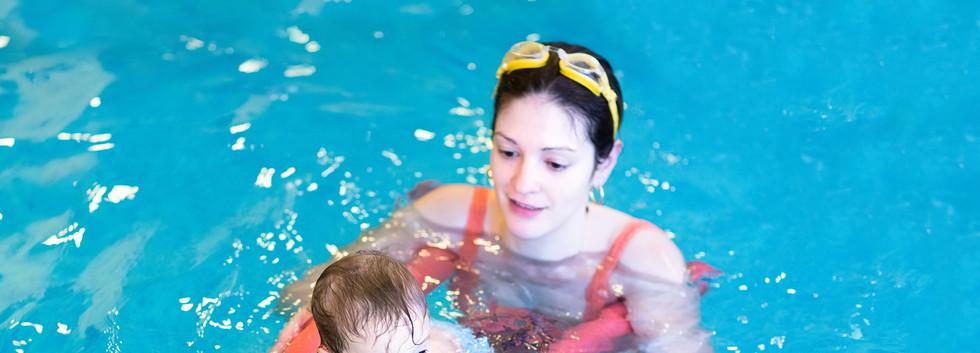 Eltern-Kind-Schwimmen im kindermeer