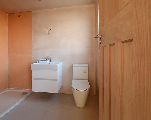 DSC_0067bathroom-webready.jpg