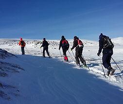 Montagn et Ascensions randonnées raquettes à neie