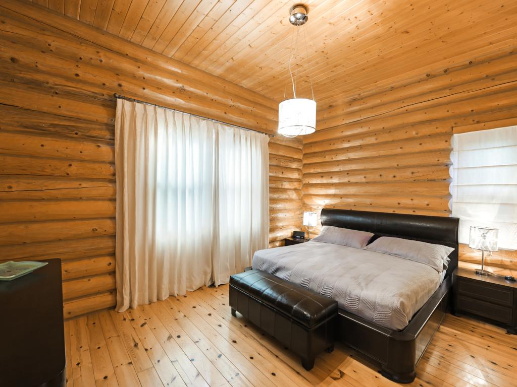 ChaletsOasis_Deer59_Master_Bedroom