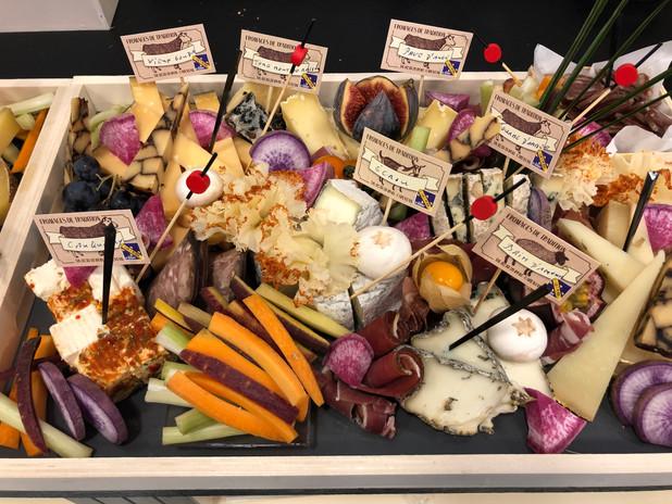Plateau fromages/charcuterie/légumes oubliés