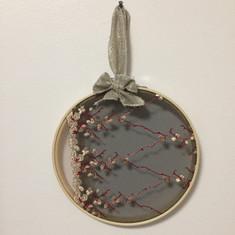 Cercle bambou, broderie fleurs de cerisier