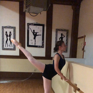 Intermediate Pointe Barre