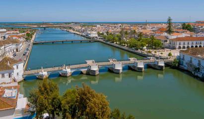 ponte romana tavira.jpg