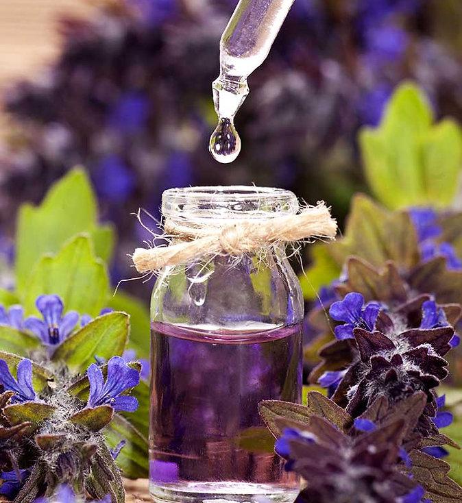 20-Best-Essential-Oils-For-Skin-Care.jpg