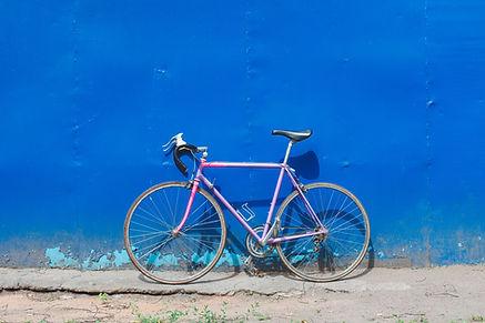 ウォール上のバイク
