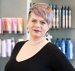 Marta Wella Professionals Color Stylist.