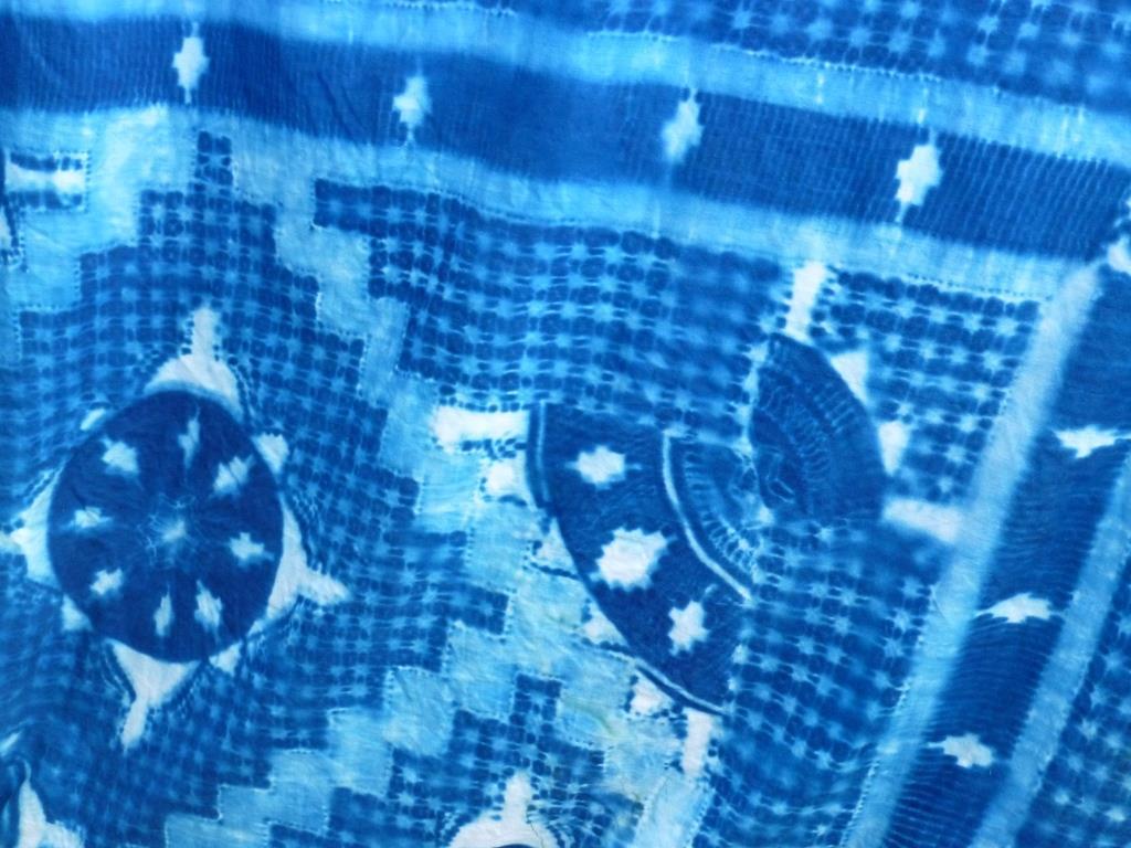 Lace Cloth Detail
