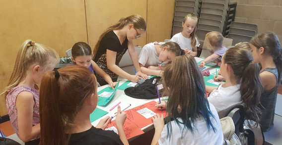 Crafts & Social Time