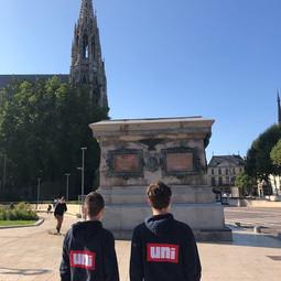 Les étudiants de l'UNI à Rouen se mobilisent pour défendre la statue de Napoléon