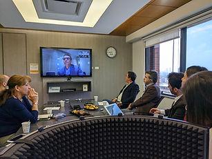 Low-cost Simultaneous Interpretation channels on monolingual platforms