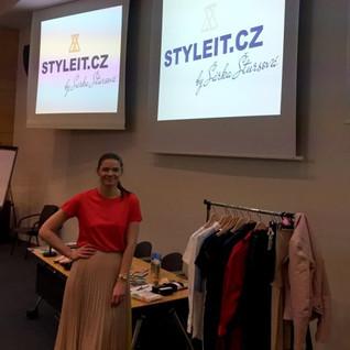 STYLEIT.CZ Sarka Stursova stylistka sylista styl fashion moda skoleni training zentiva kopie 1.JPG
