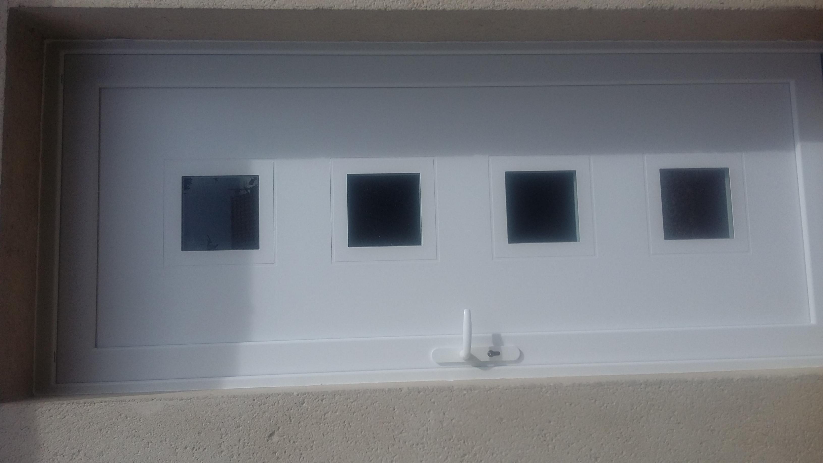 Porte-d-entree-sur-mesure-PVC-27-76-28-14-