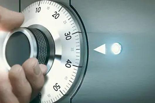 close-hand-unlocking-safe-deposit-260nw-