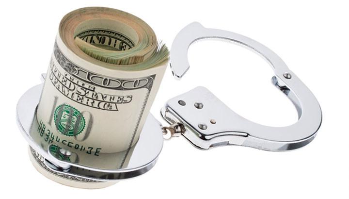 sottrazione fraudolenta pagamento imposte