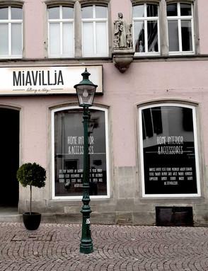 MIAVILLJA   CI-RELAUNCH