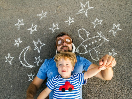 9 maneiras de estimular a criatividade das crianças dentro e fora de casa