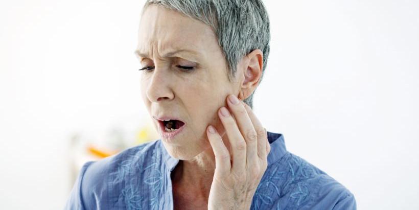 Como curar a dor na ATM? Conheça as causas da DTM e tratamento