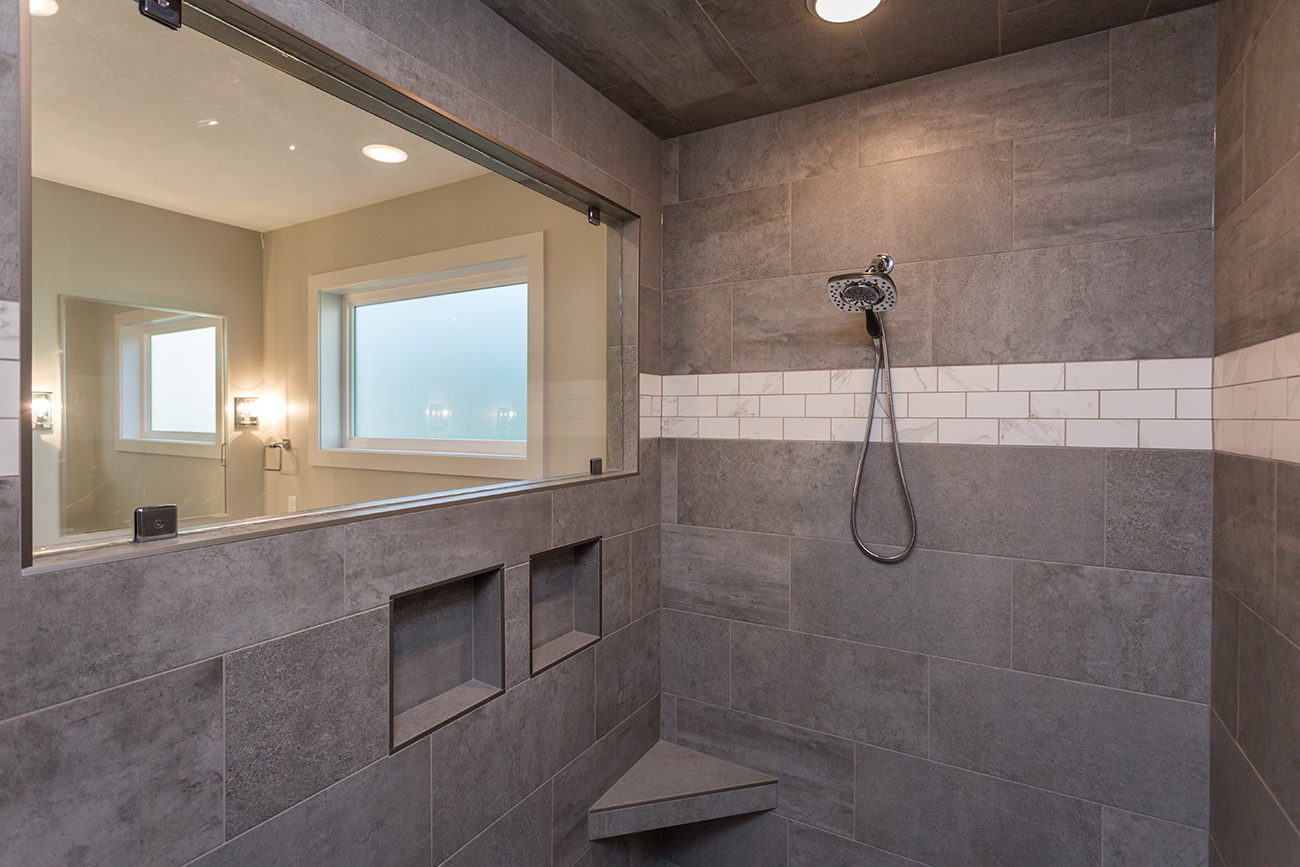 New Home with Custom Shower in West Des Moines